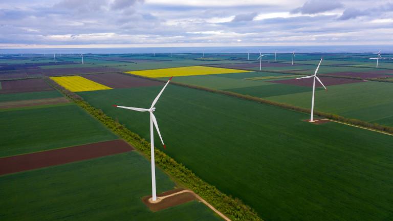 Най-големият ветроенергиен парк в България, собственост на ЕЙ И ЕС
