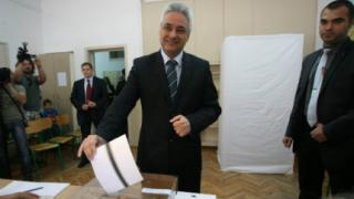 Гласувайте масово, за да няма манипулации, призова Марин Райков
