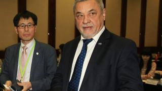 Симеонов очаква подкрепата на депутати със съвест за тютюнопушенето