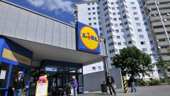 """След колеблив успех Lidl """"атакува"""" конкурента си Aldi на най-големия потребителски пазар"""