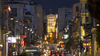 Гърция качва цената на дизела и въвежда програма за закупуване на електромобили