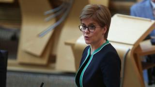 """""""Тествай, проследи, изолирай, помогни"""" - следващата фаза от стратегията на Шотландия срещу Covid-19"""