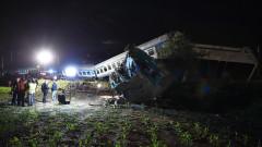 Двама души са загинали в катастрофа между влак и камион в Италия