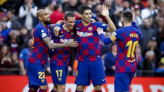 Каталунски вестник разкри как се е стигнало до намаляване на заплатите в Барселона
