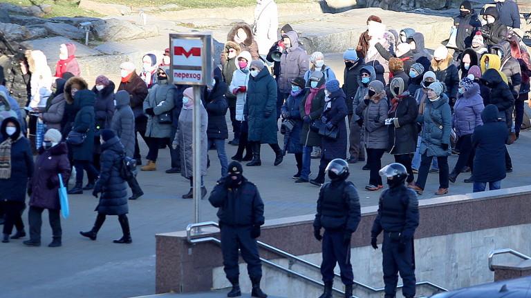 Стотици пенсионери протестираха в Минск