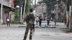 Десетки загинали и ранени при нови боеве в спорния Кашмир