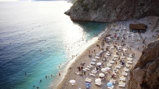 Морето в Гърция и Турция вече не излиза толкова солено