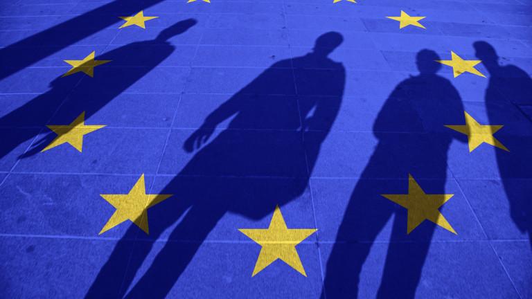 825 000 души са получили европейско гражданство през 2017 г.