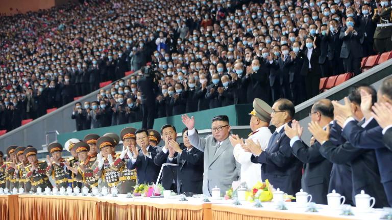 Ким Чен-ун обеща 25 000 нови жилища за 5 г.