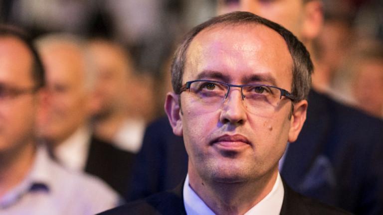 Косовският премиер Авдулах Хоти е дал положителна проба за коронавируса