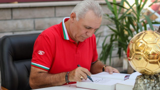 Христо Стоичков посочи кой може да наследи Кике Сетиен в Барселона