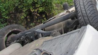 Бус с българи от Бургас и Карнобат катастрофира в Сърбия