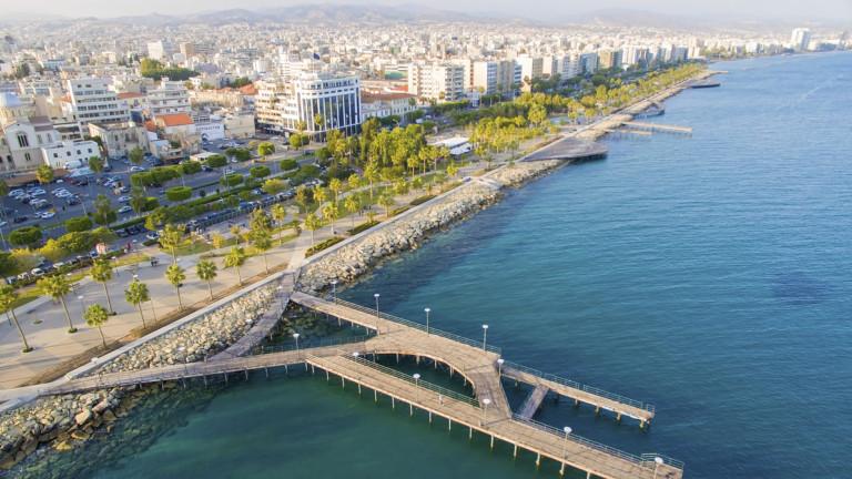 За много азиатски фондове и инвеститори Кипър се превърна във