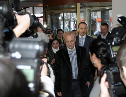 ДПС и Ковачки се прегърнаха в София