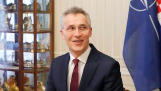 Столтенберг иска въпреки вируса, членовете на НАТО да си плащат разходите за отбрана