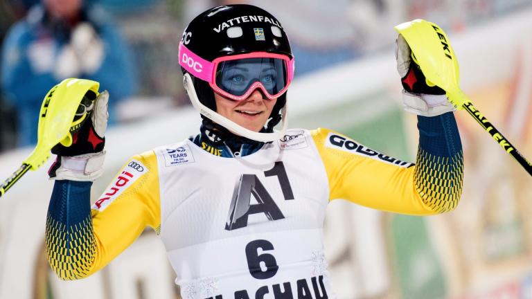 Фрида Хансдотер спечели слалома във Флахау