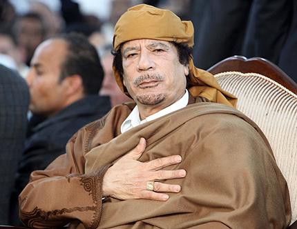 Кадафи към Франция: Не се намесвайте