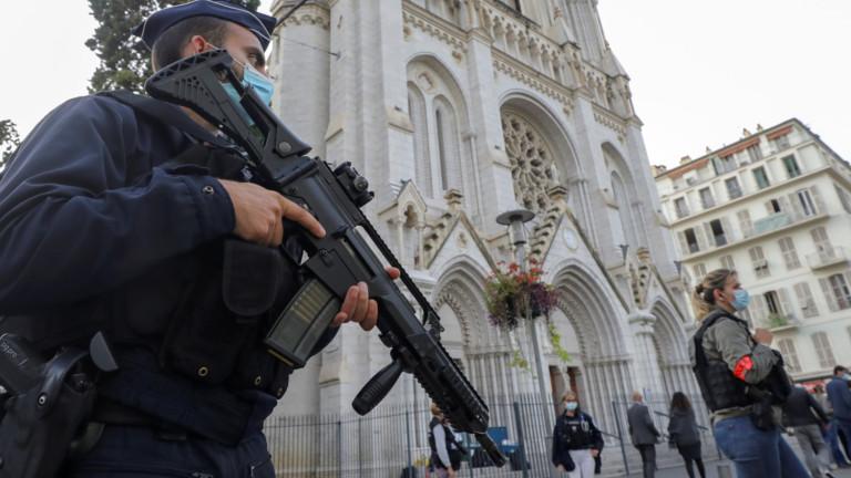 В Италия: Атаката срещу Франция е атака срещу Европа, Лампедуза е вратата към Европа