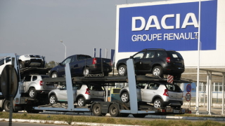 Производството на автомобили в Румъния се сви с 40% през май