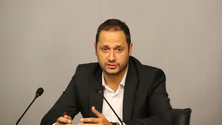 """Активност по пакета """"Мобилност"""" иска евродепутатът Витанов"""