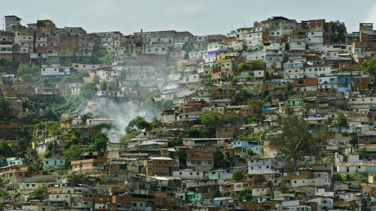 Венецуела бавно губи и последния си източник на приходи