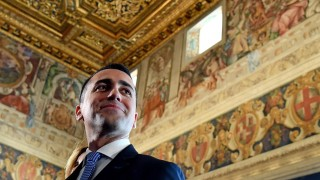 """Движение """"Пет звезди"""" готово да излезе с предложения към други партии за коалиция"""