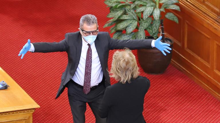 Депутатът от ДПС Йордан Цонев изрази съжалението си, че много