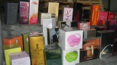 Откриха контрабандни парфюми в камион сред абажури и лампиони