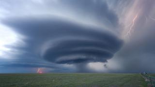 В търсене на перфектната буря (СНИМКИ)