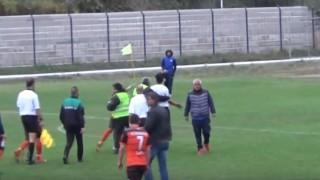 Made in Bulgaria: Здрав бой по съдията на мач от Трета лига