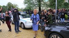 Майките на деца с увреждания чакат 5 дни депутат да поеме Закона за личната помощ
