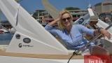 Ива Екимова скокна на луксозна яхта