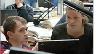 Колежи и университети използват все повече софтуер с отворен код