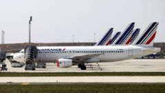Air France съкращава 3 хил. работни места, отказва нови Boeing-787