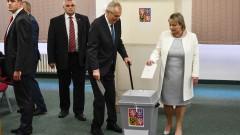 Милош Земан печели балотажа и остава президент на Чехия