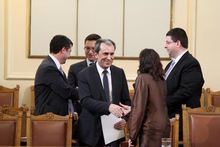 Консултации на Орешарски с БСП и ДПС решават съдбата на кабината