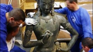 Арестуваха 8 бангладешци за кражба на две статуи на бог Вишну