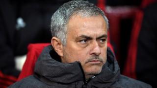 Всичко около новия договор на Моуриньо в Юнайтед е готово