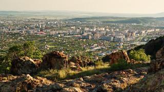 Прекратиха плановия прием в болниците в Сливенска област