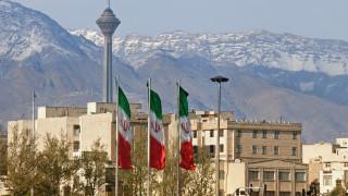 Иран планира производство на изтребители, не допуска ядрени инспектори в бази