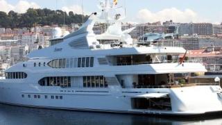 Рускиня и италианец намерени мъртви на яхта в Испания