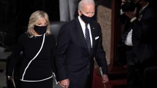 Байдън недоумява защо Тръмп мълчи за Лукашенко
