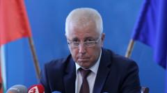 Министър Петров оказа първа помощ