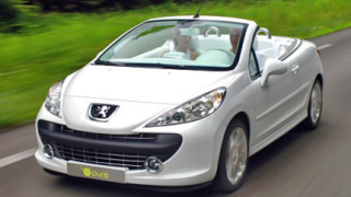 Peugeot разкрива бъдещия 207 CC