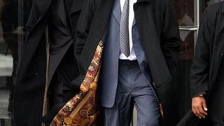 Oправдаха Ар Кели по обвиненията в педофилия