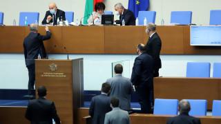 Отговори и отговорност иска БСП от Йорданка Фандъкова и Борисов