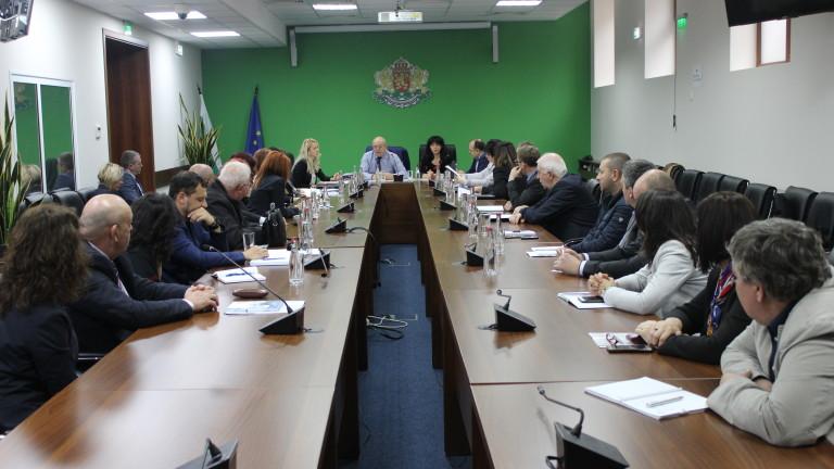 Ревизоро обсъди проблемите в сектора с директорите на РИОСВ