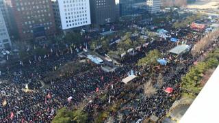 Втори таксиметров шофьор в Южна Корея се самозапали в протест