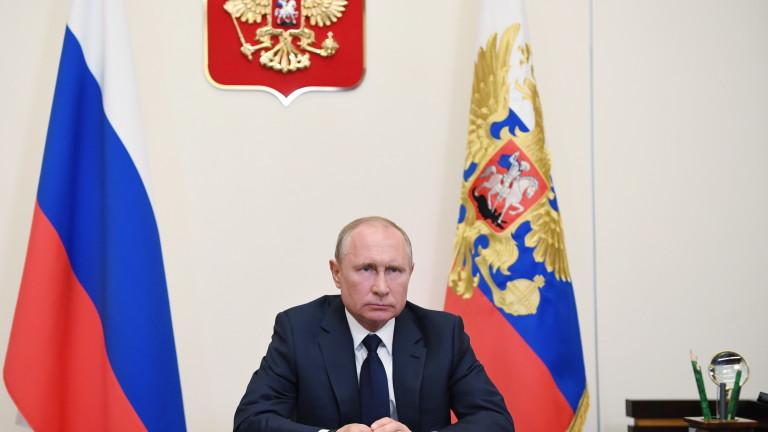 Путин обяви отслабване на кризата с COVID-19 в Русия