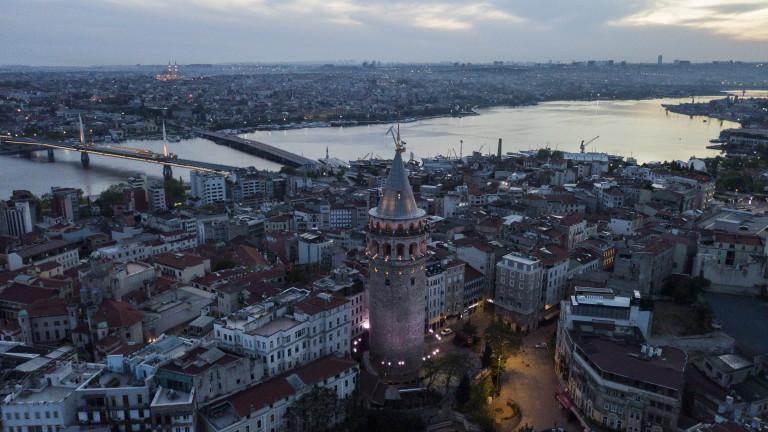 Турция въвежда ограничения за пътниците от Великобритания, Дания, РЮА и Бразилия